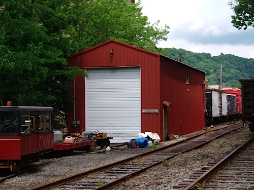 Kiski Junction shop